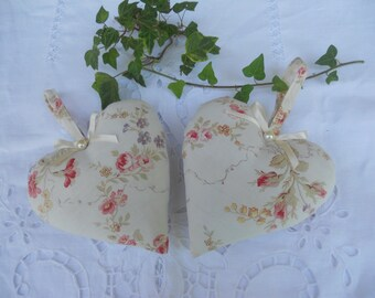 Old set of 2 pretty fabric hearts of old roses