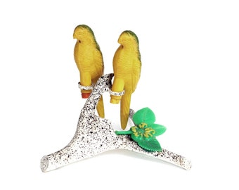 Vintage Parrot Salt and Pepper Shakers