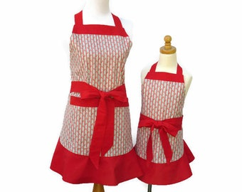 Mother & Daughter Striped Apron, Mommy and Me Floral Matching Aprons, Personalized Mom and Daughter Apron Set, Apron Gift for Wife, Daughter