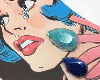 Teardrops - Two pop art inspired glitter teardrop pins. Resin brooches.