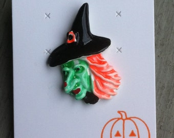 RARE 1960s-70s Vintage HALLOWEEN Pin WITCH Design