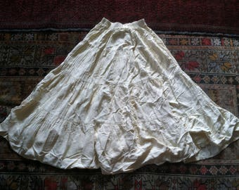 S/M 90s tiered circle skirt full prairie off white ivory beige cream S M small medium Circle T made in USA America American made XS extra