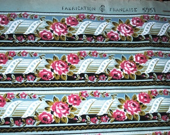 Antique FRENCH WALLPAPER Roll ROSES Borders