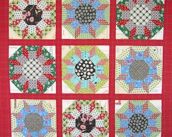 Patchwork Lap Quilt  - Castle walls - Sunflower - Vintage Look Reproduction Feed Sack Quilt - Handmade Throw Quilt
