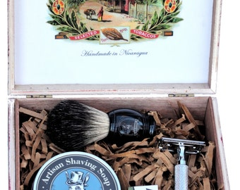 Old School Shaving Kit includes Safety Razor, Shaving Soap, Shaving Brush. Fathers Day gifts for him
