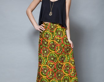 quilted maxi skirt vintage 70s quilt boho floral medallion green puffy xs s EXTRA SMALL / SMALL