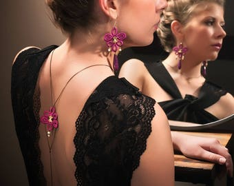 Back/blackcurrant and brass embroidery wedding necklace jewelry