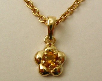 Genuine SOLID 9K 9ct YELLOW GOLD November Birthstone Daisy Citrine Pendant