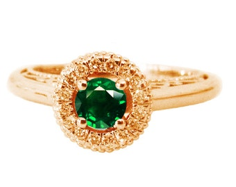 Gold ring, Mothers day gift, Emerald Ring Halo Engagement Ring Red color 18K Gold with D-E VVS Diamonds