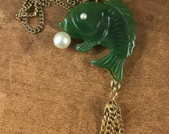 Realistic Faux Jade and Faux Pearls Fish Pendant Necklace with Gold Tone Chain Tassel Simple Fine Gold Tone Chain 1960's 1970's Figural
