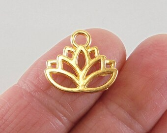 8 Lotus Flower charms, 17x14mm, shiny gold finish