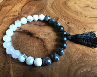 Black and White Ombre bracelet