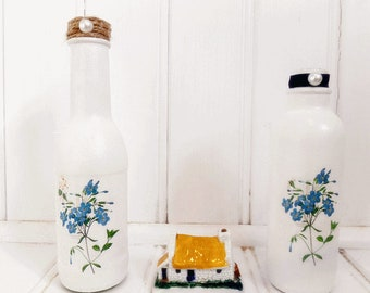 Forget-me-not decorative glass bottle