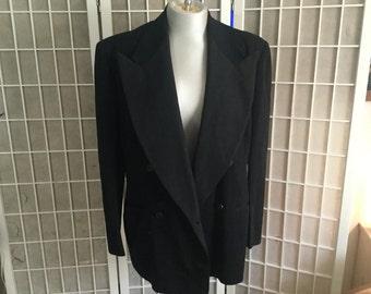 Vintage Men's Tuxedo 1970s - 1980s Classic