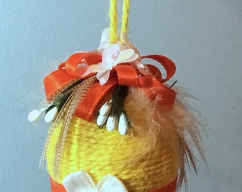Yellow Spring Egg - Medium
