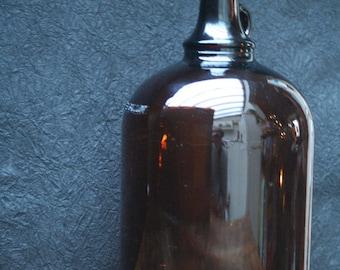 Vintage Fisher Amber glass bottle, scientific one gallon bottle, vintage medicine bottle, pharmacy decor, United States.