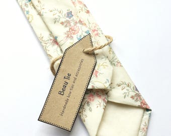 Floral tie, vintage skinny tie, pink floral tie, mens skinny tie, wedding tie, men's floral tie