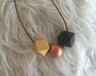 Boho necklace wood geometric beads