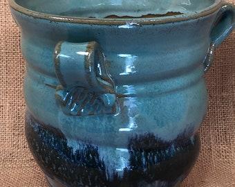 utensil holder/ vase/kitchen/pottery/blue/dishwasher safe/hand made