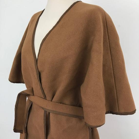 Vintage wool cape Mod 1970s UK 12 14 vintage belted poncho coat jacket camel 70s felt wool