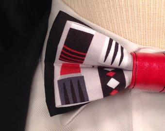 Thermos Bow Tie