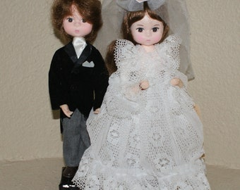 Bradley Dolls Bride and Groom with stand