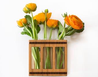 Test Tube Bud Vase - Test Tube Vase - Bud Vase - Glass and Wood Vase - Flower Vase - Wall Mounted Vase - Wall Vase - Hanging Flower Vase