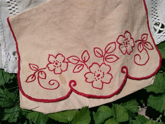 Antique Beige Linen Bag Handmade French Red Work Hand Embroidered Herbal Bag Purse Toiletry Storage Sewing Project #sophieladydeparis