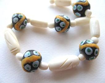 Group of beads, 23 beads, Glass, Bone, Jewelry supply B-5055