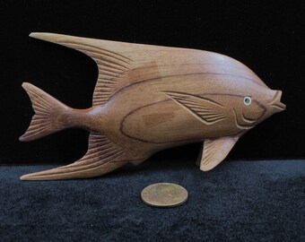 """Carved Wooden Tropical Fish 4.5"""" - Hand Carved Micronesian Art"""
