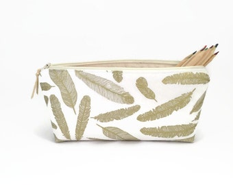Pencil case, Gold, Feathers, Pencil pouch, Student gift, Teacher gift, Zipper pencil case, Gift for her, College student gift, Pencil bag