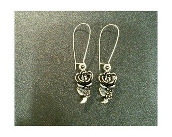 Silver plated rose earrings- botanical earrings