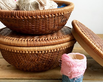 Vintage Nesting Baskets/Woven Stacking Baskets/Sewing Basket with Lid/Storage Baskets/Chinese Wicker Basket Set/Round Woven Rattan Baskets