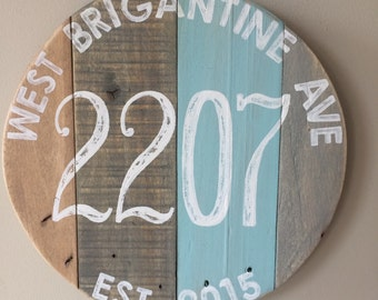 """Round address sign. Custom 11.5"""" round Rustic address sign. Reclaimed pallet House number sign. Hand painted Home address. street address"""