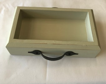 Side table catch tray