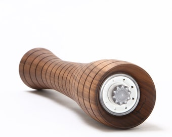 "12"" Walnut Pepper or Salt Mill - Curved Grooved (12cg)"