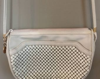 Vintage Victoria Place Ltd. Crossbody Handbag Evening Bag - Off-white Chainmail