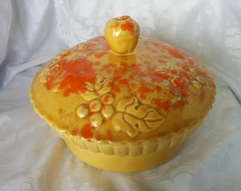 Nasco Made in USA Pottery Pie Dish, Small Pottery Pie Dish, Nasco USA, Pottery, Yellow and Orange Pie Dish