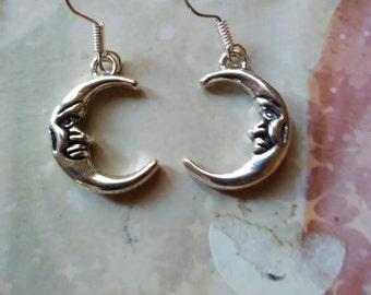 moon cute earrings