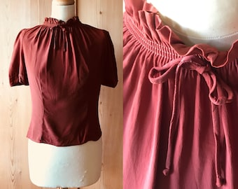 Lovely 1940s rust rayon blouse, puff sleeves