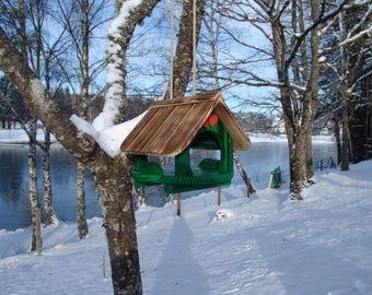 bird feeder house, bird house, to hang, green, personalisable
