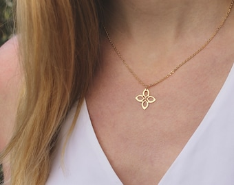 Moroccan Flower Necklace // Gold Floral Pendant // 16K Gold // Petal Necklace // Layering Necklace // Boho Necklace // Girlfriend, Friend