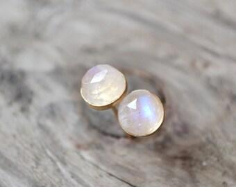 rainbow moonstone stud earrings /// 6mm rose cut moonstones set in 14k YELLOW or ROSE gold fill /// june birthstone