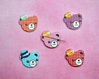 Needleminder / Cross stitch / needle keeper / needle knack for cross stitch / embroidery / needlework / xstitch / bear