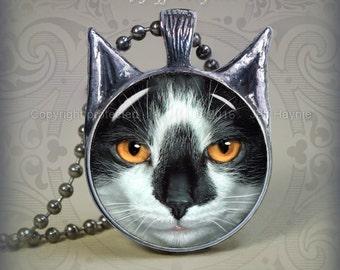 TUX15 Tuxedo Cat pendant
