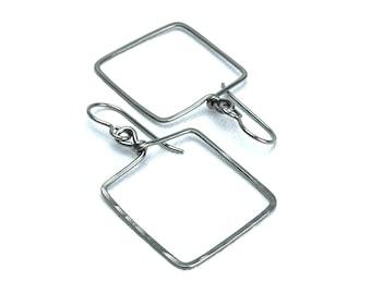 Niobium Square Earrings, Hammered Niobium Window Shaped Hypoallergenic Earrings for Sensitive Ears, Niobium or Titanium Earings
