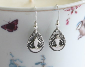 Handmade silver earrings, Teardrop, Long earrings, silver earrings, Patterned earrings, Drop earrings, Pretty earrings, Silver jewelry