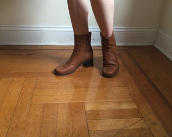 Naturalizer Caramel Brown Leather Ankle Boots | Size 8