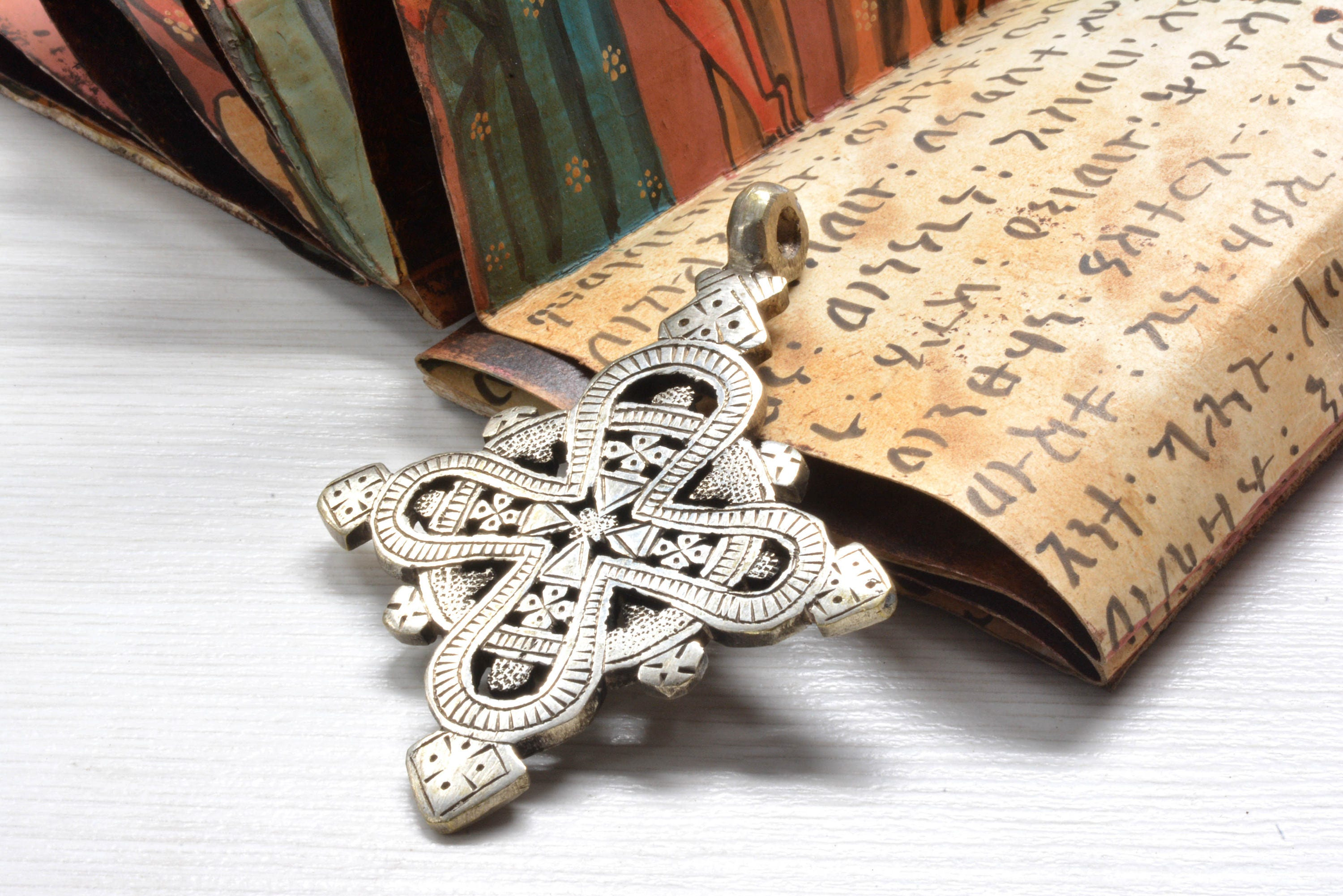 silver ornate auction jewellery cross auctions beautiful large jerusalem crusaders secondhand pendant original