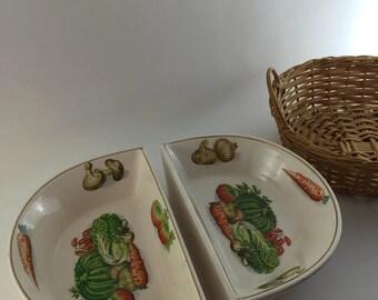 Veggie Design Three Piece Serving Set Trimmed in Gold